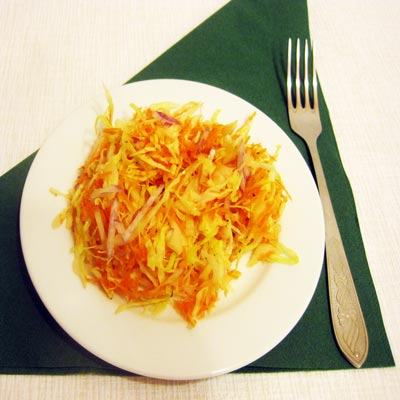 Витаминный салат из капусты и моркови: мастер-класс