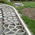 Ремонтируем садовые дорожки